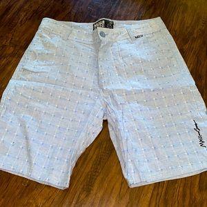 Maui & sons shorts